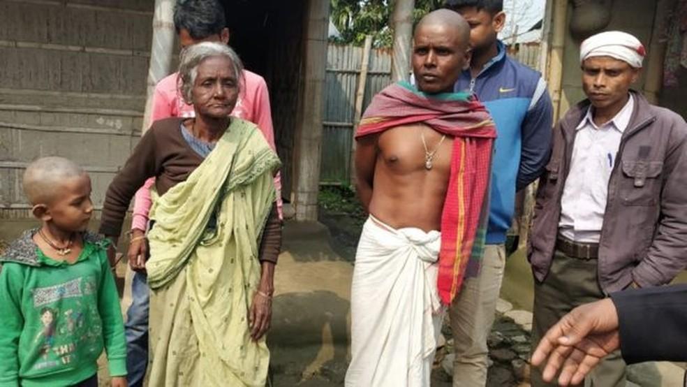 Moradores do estado de Assam precisaram provar que elas próprias ou os antepassados chegaram ao local até 24 de março de 1971, um dia antes de o vizinho Bangladesh declarar independência do Paquistão — Foto: Citizens for Justice and Peace