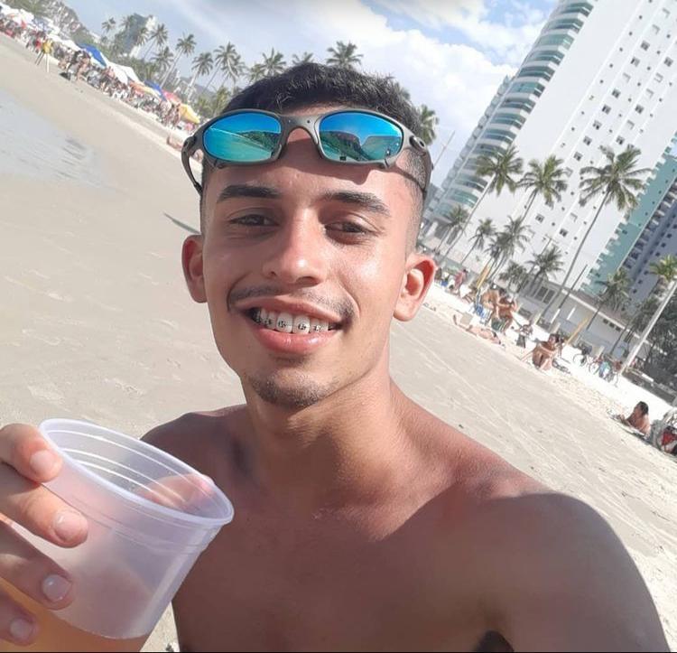Corpo de turista que sumiu após ir ao banheiro é achado em praia do litoral de SP