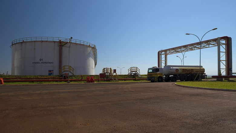 raízen-transportes-ourinhos-etanol (Foto: Divulgação/Raízen)