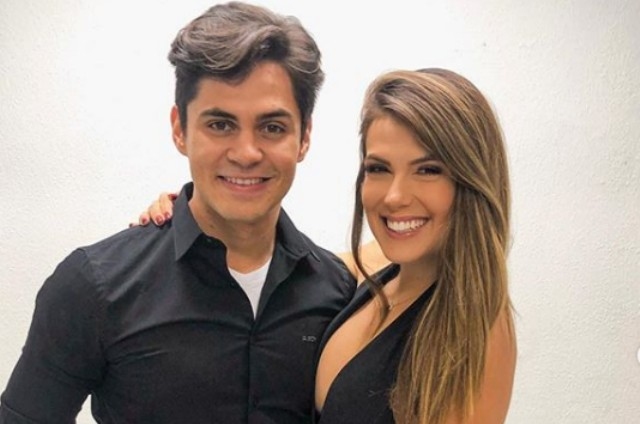 Lucas Veloso e a namorada, Nathalia (Foto: Reprodução)