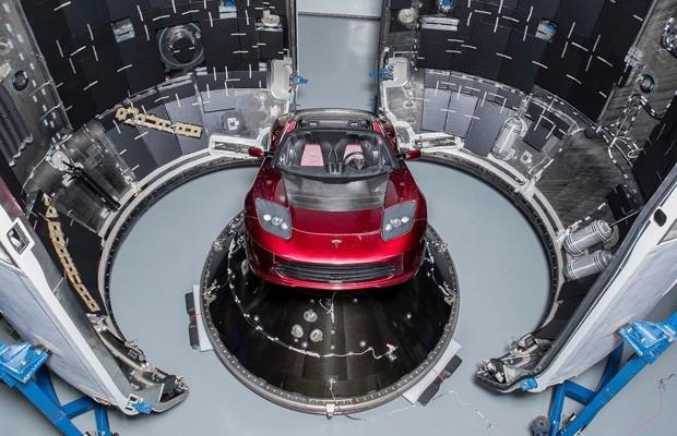 Tesla Roadster já está em direção à Marte (Foto: Divulgação)