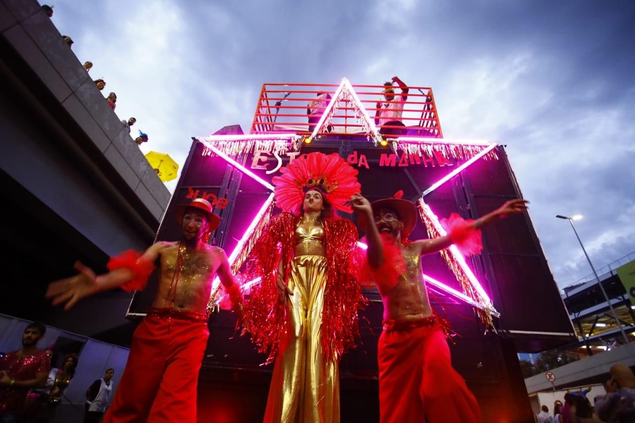 FOTOS: Então,Brilha! dá boas-vindas ao carnaval de BH
