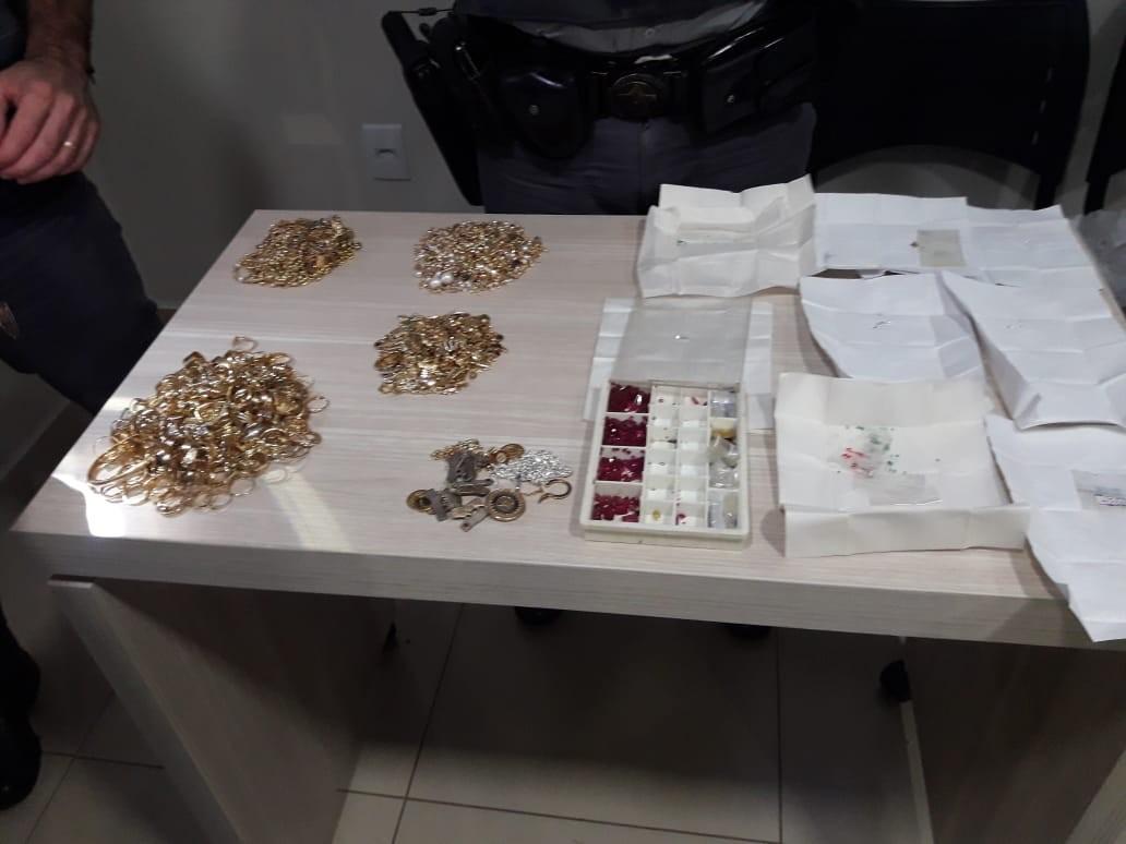 Homem é preso em Juiz de Fora suspeito de integrar associação criminosa especializada em furtos a joalherias