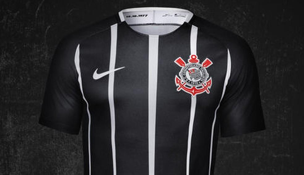 ... Corinthians fará a estreia da nova camisa neste domingo — Foto   Divulgação 8d0beea0d693a