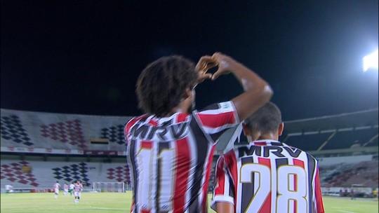 Já rebaixado, Santa Cruz se despede da Série B com goleada sobre Juventude