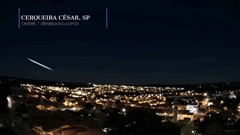 Registro da bola de fogo foi feito em várias cidades, entre elas, Cerqueira César (SP) — Foto: Bramon/Divulgação