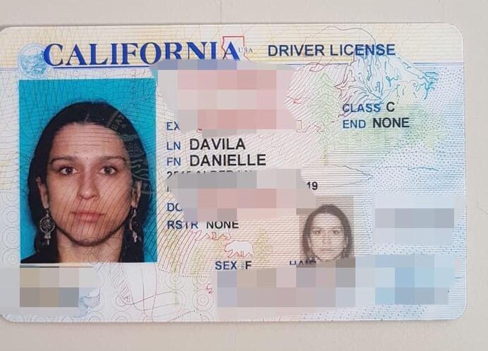 Carteira de motorista achada com a americana encontrada morta em Paraty — Foto: Divulgação/Polícia Civil
