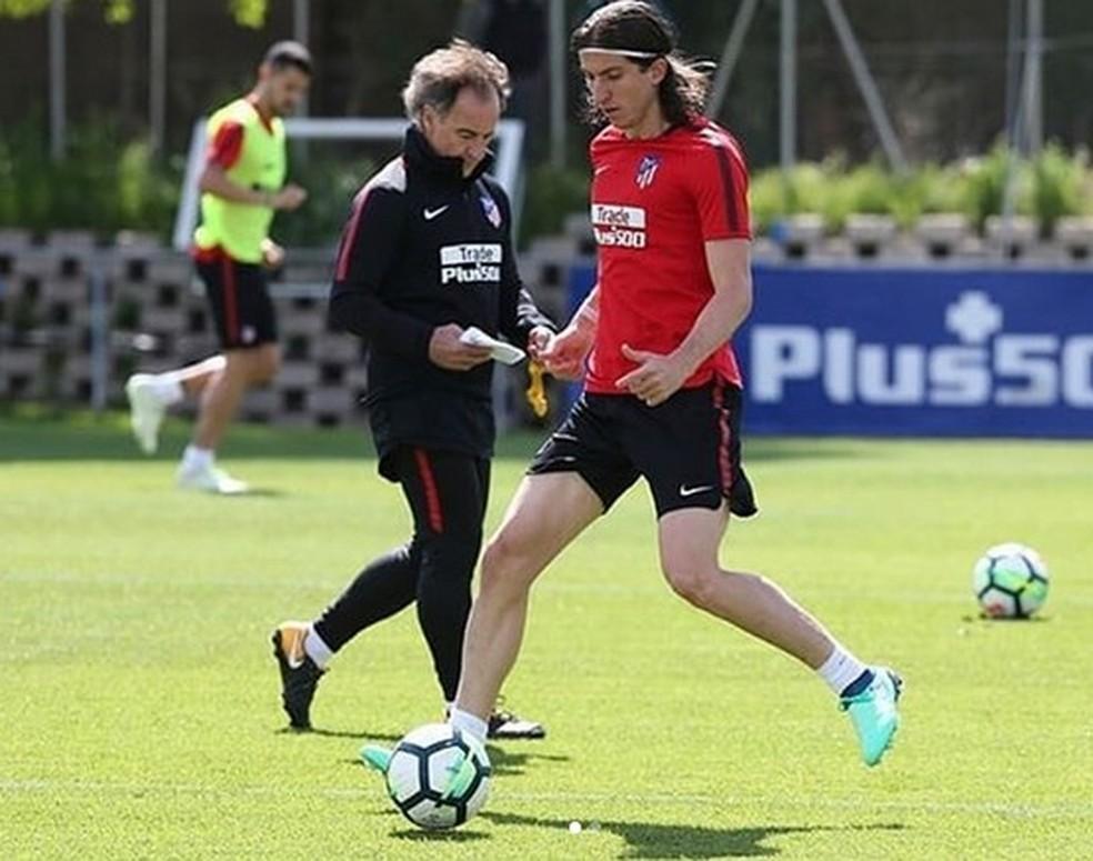 Filipe Luís voltou a treinar pelo Atleti em tempo recorde (Foto: Reprodução / Instagram)