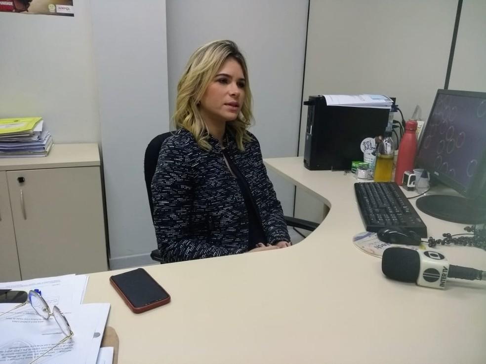 Delegada Ana Paula Diniz, da Delegacia Especializada de Proteção ao Idoso de Natal — Foto: Acson Freitas/Inter TV Cabugi