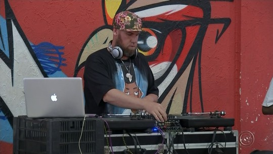 Batalhas de b-boys em Bauru agitam o primeiro dia da Semana do Hip Hop