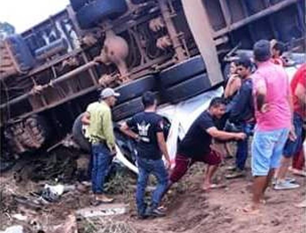 Acidente ocoreu na BR-155, em Marabá, sudeste do Pará — Foto: Reprodução/TV Liberal