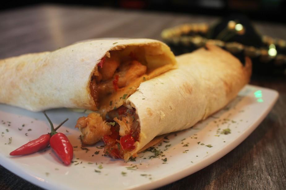Burrito de frango com geleia de pimenta formam deliciosa combinação mexicana