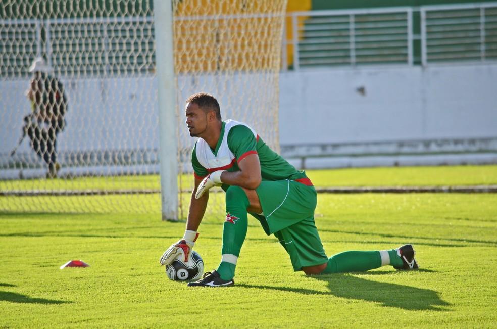 Bruno atuou em cinco partidas e sofreu quatro gols pelo Boa Esporte — Foto: Régis Melo