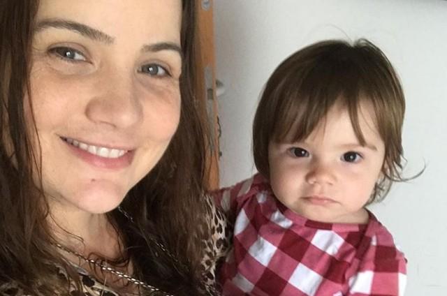 Taty Goulart e a filha, Catarina (Foto: Reprodução)