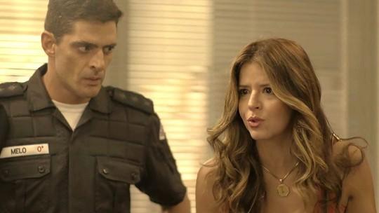 Carla e Madureira confrontam delegado para defender Cleber