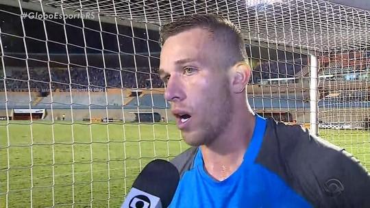 """Arthur desconhece, e Grêmio nega recuo do Barcelona: """"Continua da mesma forma"""""""