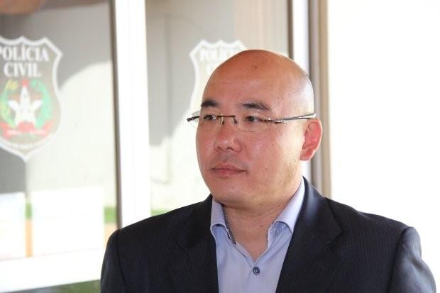 Governador de SC troca comando da Polícia Civil e Akira Sato assume órgão