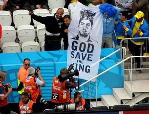faixa rei luis suarez uruguai arena corinhtians (Foto: Lucas Rizzatti)