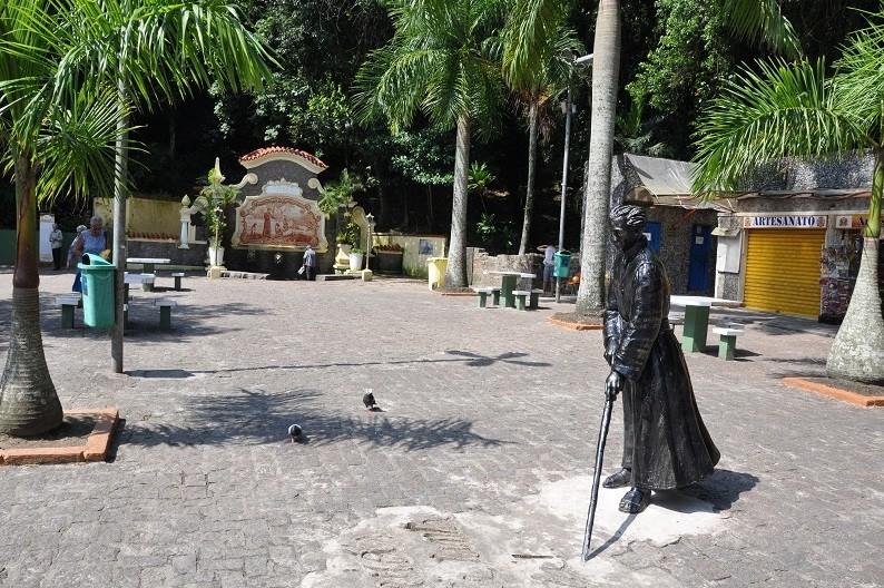 São Vicente oferece plantão de atendimento psicológico em praça neste sábado