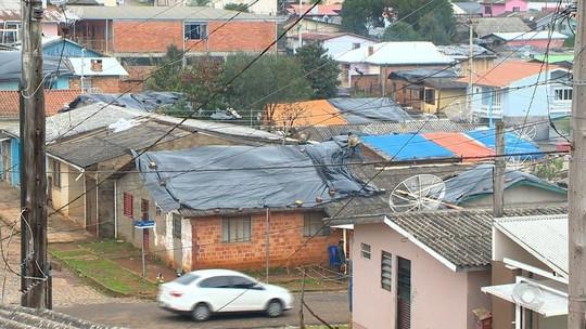 Cidades atingidas por granizo no RS calculam prejuízos e recebem auxílio