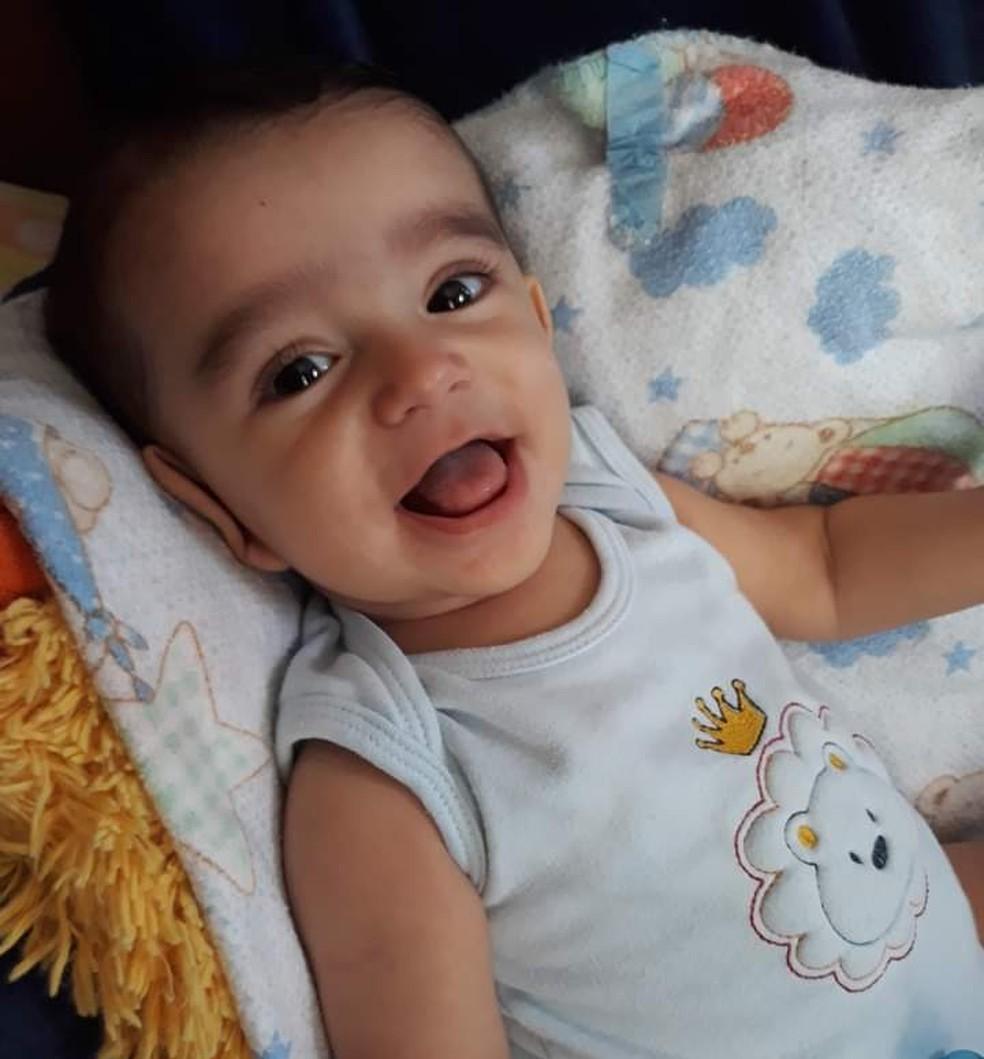 Avó de Santos, SP, emociona a web com relatos sobre doença do neto — Foto: Arquivo Pessoal