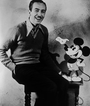O cineasta e produtor cinematográfico, Walt Disney  (Foto: Getty Images)
