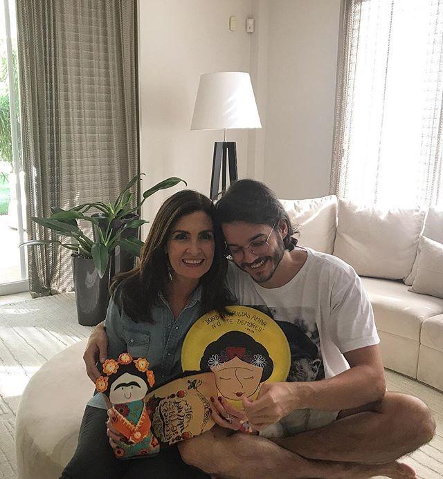 Túlio e Fátima celebram primeiro dia dos namorados juntos (Foto: Reprodução/Instagram)