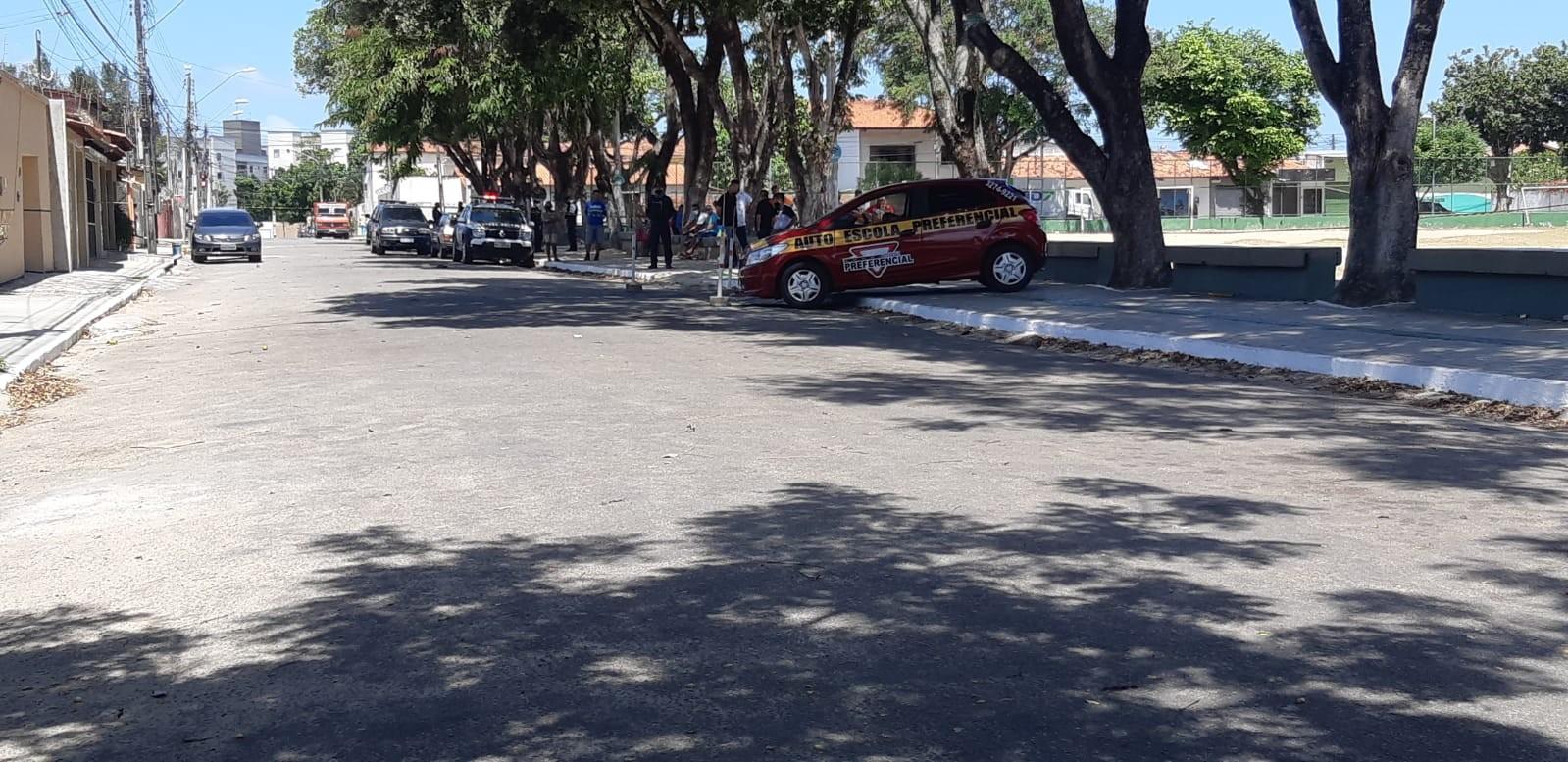 Quatro homens suspeitos da morte de aluno de autoescola em Fortaleza são presos tentando fugir por lagoa; vídeo