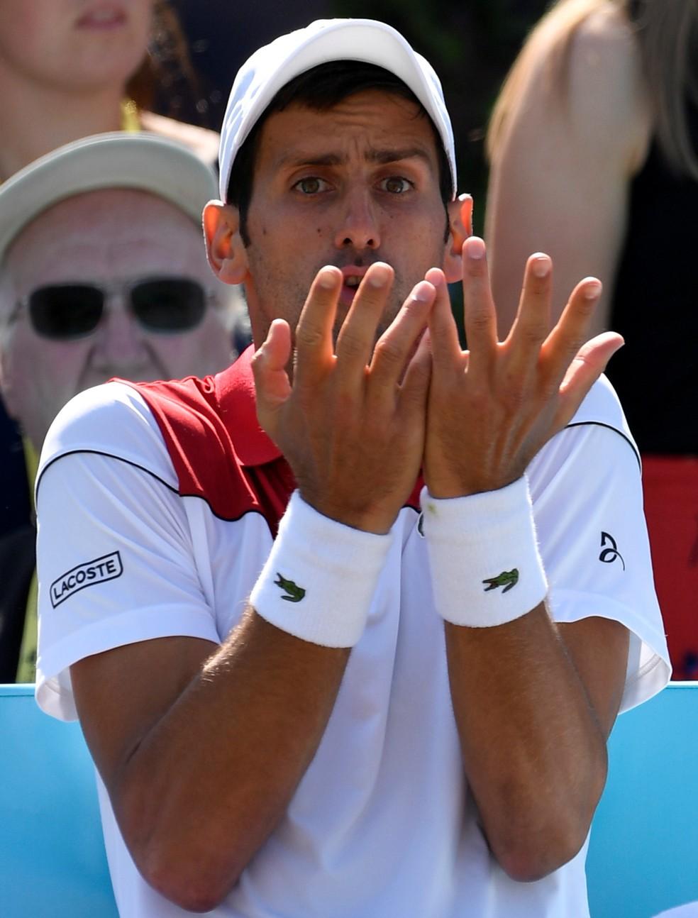 Djokovic x Cilic em Londres (Foto: Reuters)