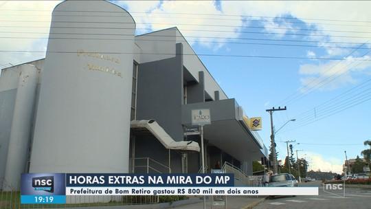Prefeito e servidores são acusados de pagamento irregular de quase R$ 800 mil em horas extras em SC