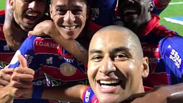 Wellington Paulista comemora com selfie