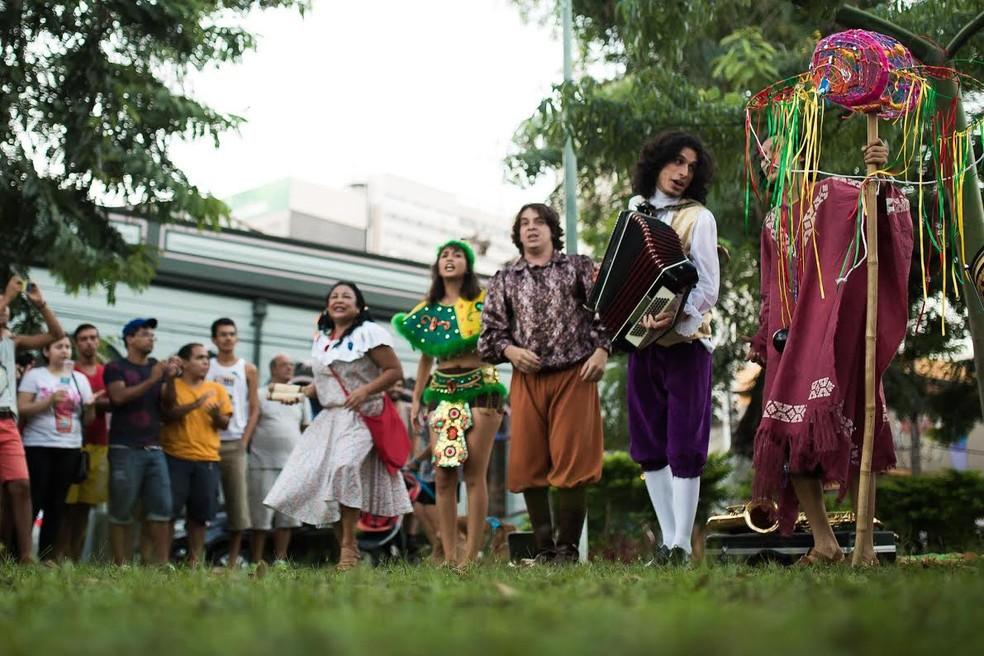 -  Dirigível Coletivo de Teatro  Foto: Rafael Samora / Divulgação