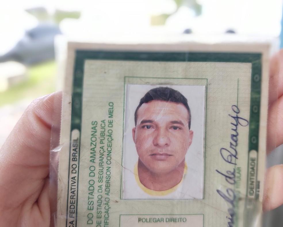 Pastor morre eletrocutado com microfone durante culto evangélico, em Manaus — Foto: Eliana Nascimento/G1 AM