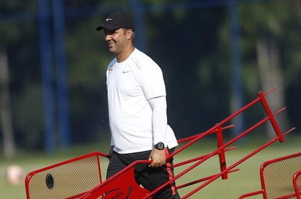 Reverson Pimentel, ex-Bragantino, é o novo preparador físico do Grêmio — Foto: Ari Ferreira/Divulgação Bragantino
