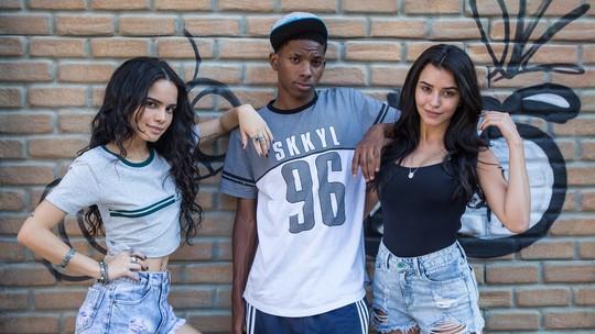Talita Younan, Carol Macedo e Lucas Penteado nos bastidores de 'Mina Zika'