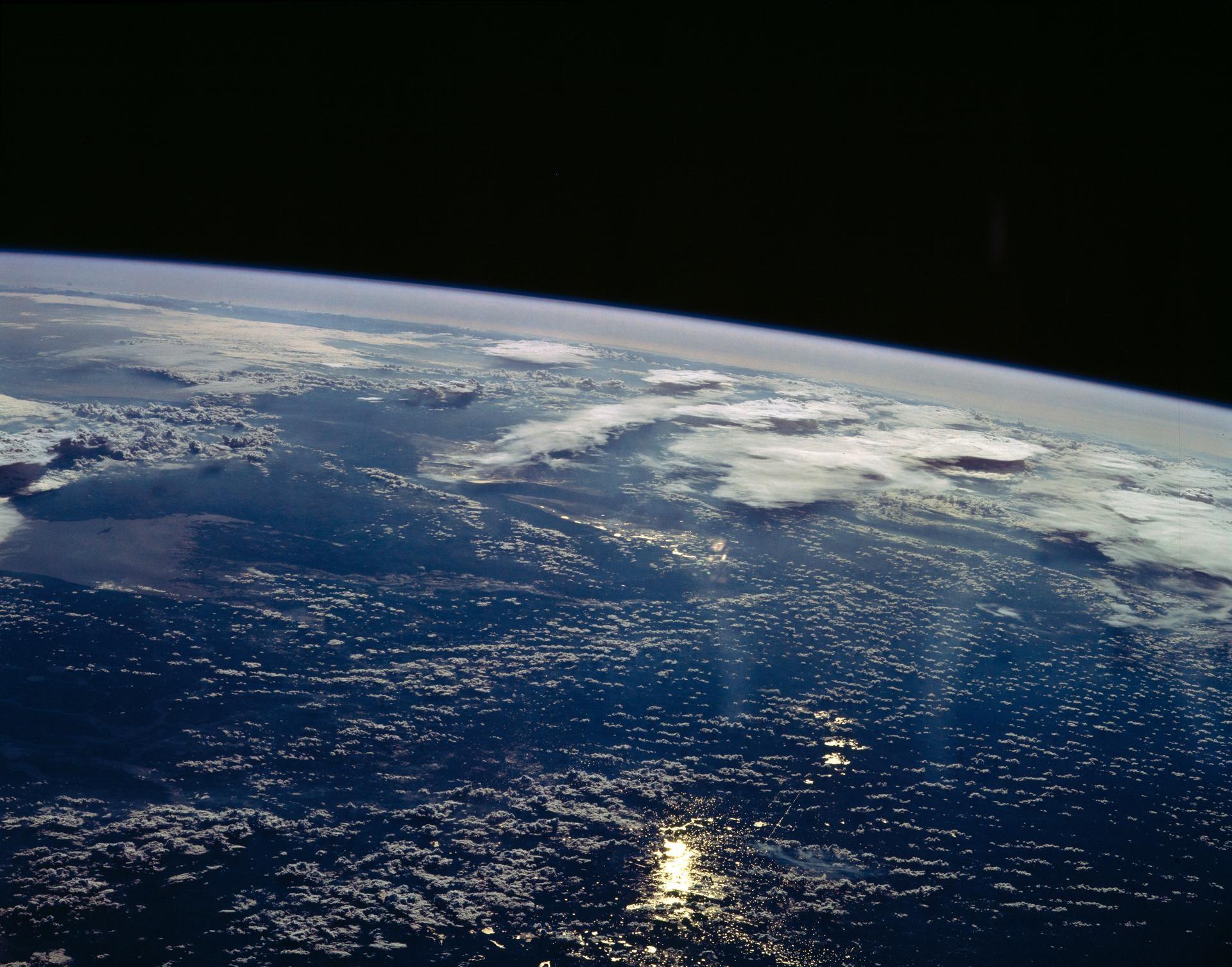 Terra vista do espaço (Foto: NASA)