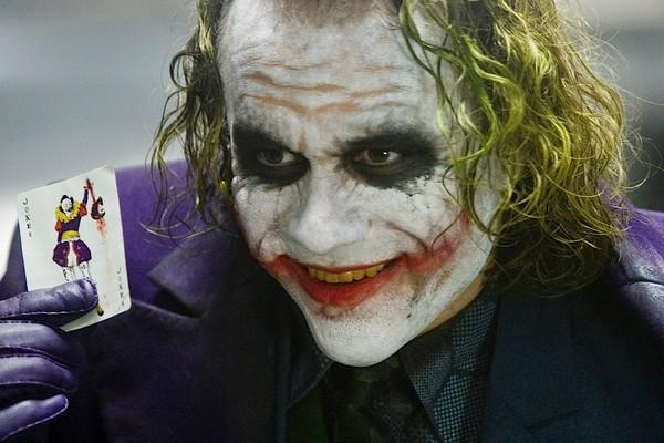 Heath Ledger como o Coringa em Batman: O Cavaleiro das Trevas (2008) (Foto: Divulgação)