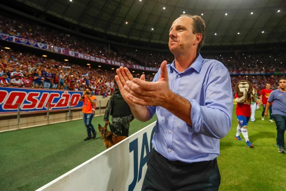Cruzeiro acerta com Rogério Ceni, que deixa o cargo de treinador do Fortaleza