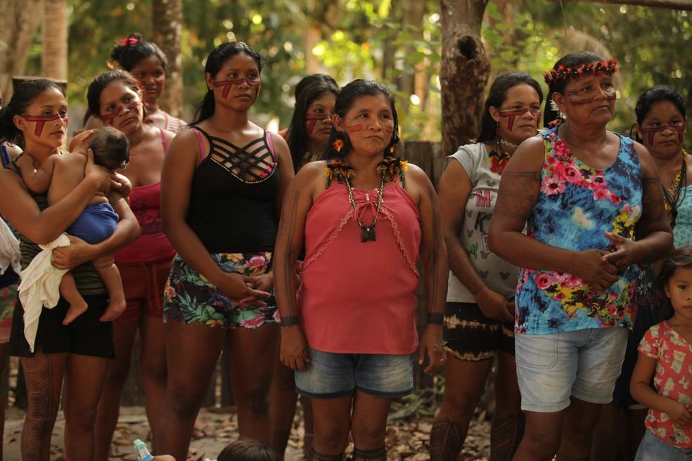 Mulheres indígenas Tembé Tenetehara, na aldeia Tekohaw no sudeste do Pará — Foto: Especial/Raimundo Paccó