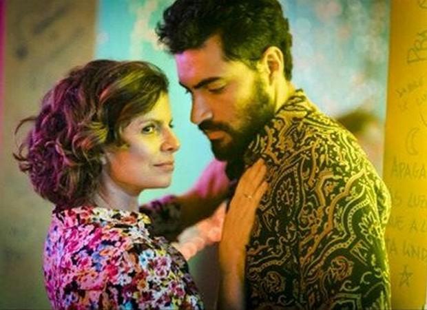 Débora Bloch e Carlo Porto em cena de Onde Nascem os Fortes (Foto: Reprodução/TV Globo)