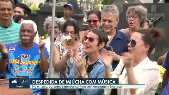 Miúcha se despediu de familiares e amigos e viu o mar de Copacabana antes de ser internada