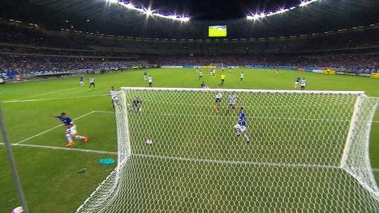 Estreia do Cruzeiro surpreende Mano, que freia empolgação e planeja rodar grupo