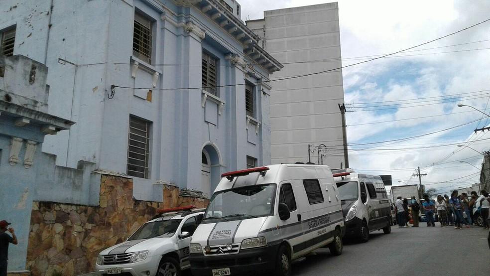 -  Presídio de Barbacena passa por vistoria  Foto: Marlan Kling/G1