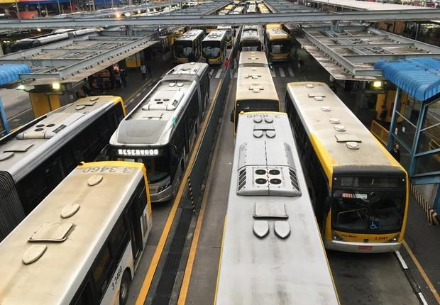 Motoristas de ônibus fazem paralisação em São Paulo ; greve (Foto: Paulo Pinto\ Fotos Publicas)