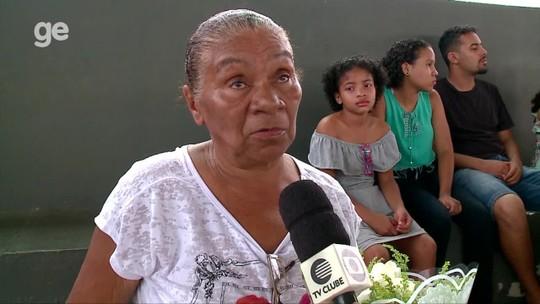 """Jogador morto a tiros tinha teste no Ceará e previa surpresa para família: """"Futuro seria brilhante"""""""