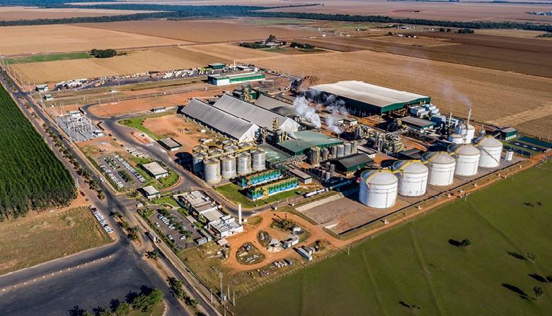 Etanol valoriza o milho em MT - Usina de etanol e milho da FS Bioenergia, em Lucas do Rio Verde (Foto: Rogerio Albuquerque)