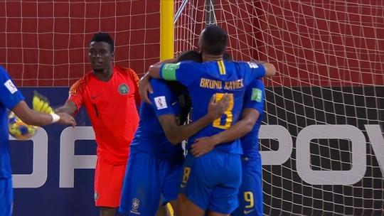 Brasil goleia Nigéria, mantém os 100% e pega a Rússia nas quartas do Mundial de Futebol de Areia
