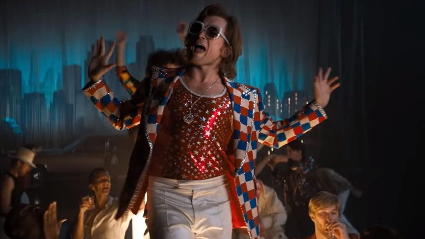 A magia dos cenários de 'Rocketman': o universo de Elton John foi recriado do zero (Foto: Divulgação)