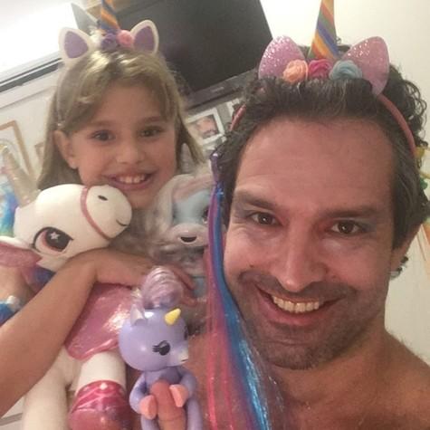 Iran Malfitano e a filha, Laura (Foto: Reprodução Instagram)