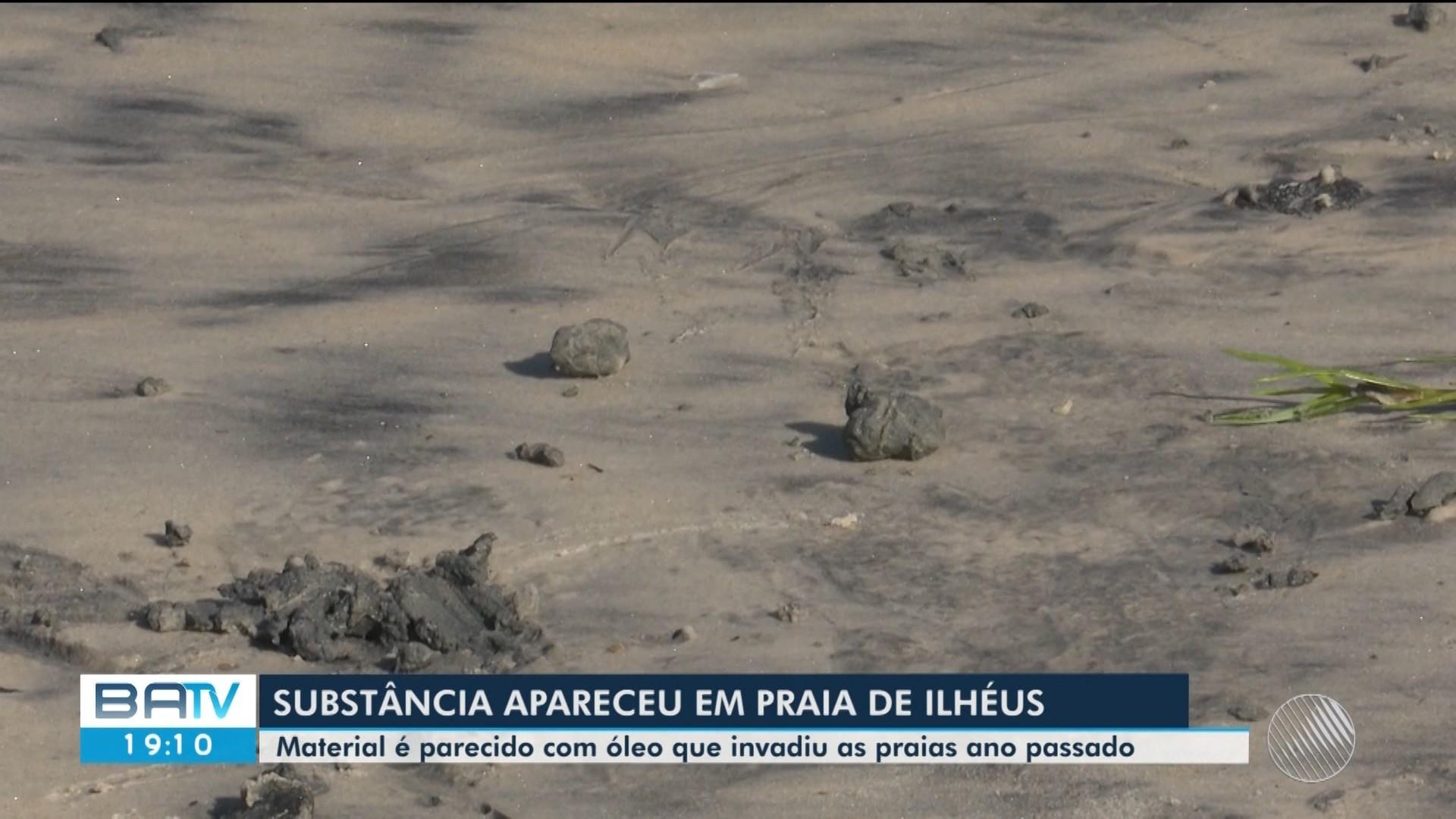Substância é encontrada em praia de Ilhéus, no sul da BA; 'aparentemente é óleo', diz secretário